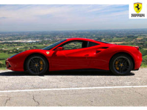 czerwony sportowy samochód