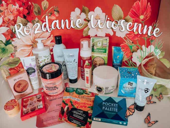 dużo różnych kosmetyków